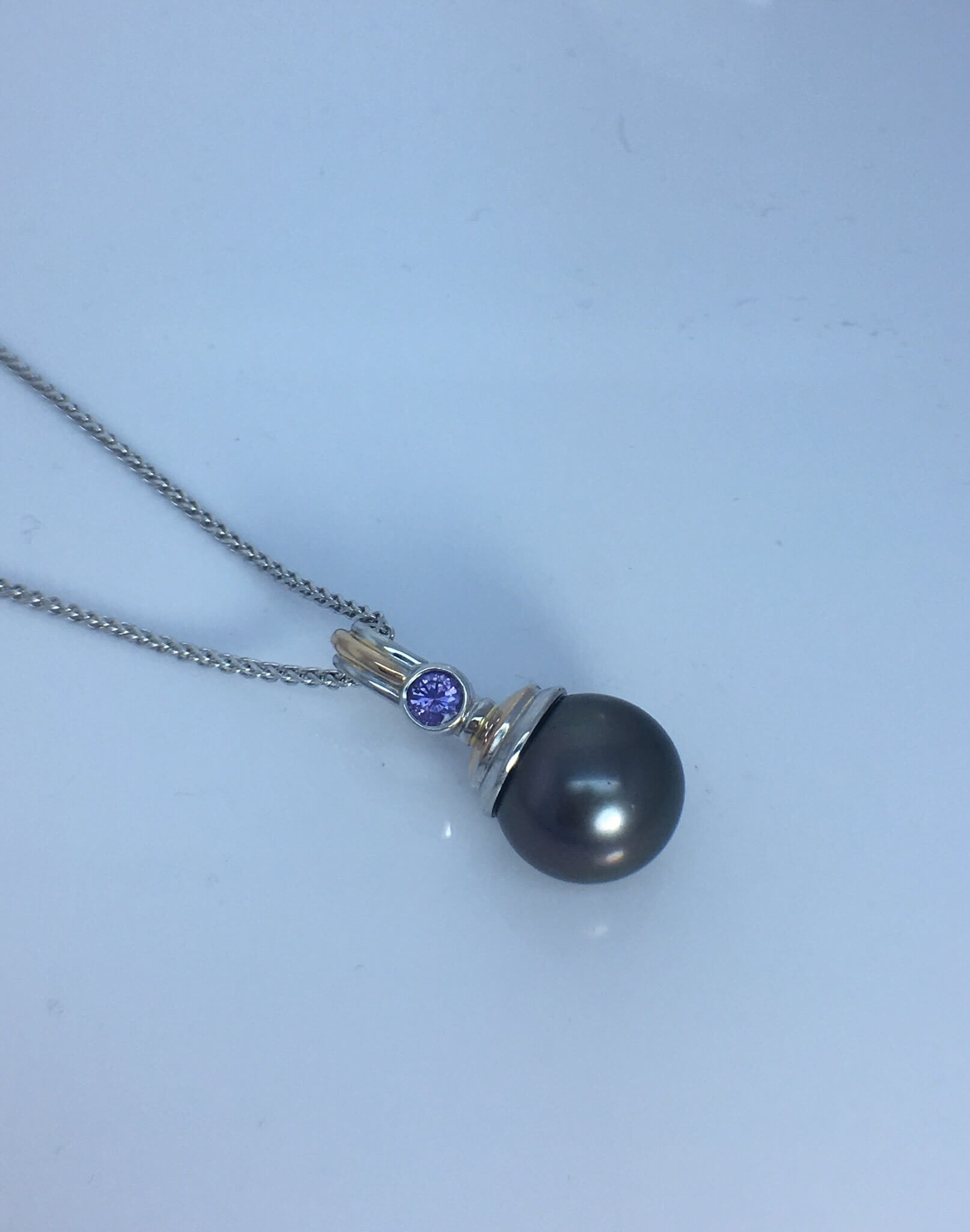 Purple Sapphire _ Tahitian Pearl Pendent set in 18ct White _ Yellow Gold